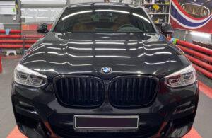 BMW X4. Детейлинг в Тюмени: Полировка кузова, керамика, оклейка глянцевых вставок салона полиуретановой плёнкой