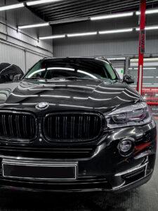 BMW X5 – детейлинг   оптика и плёнка