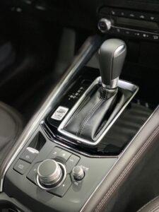 Mazda CX-5: детейлинг защита глянцевых элементов салона полиуретановой плёнкой
